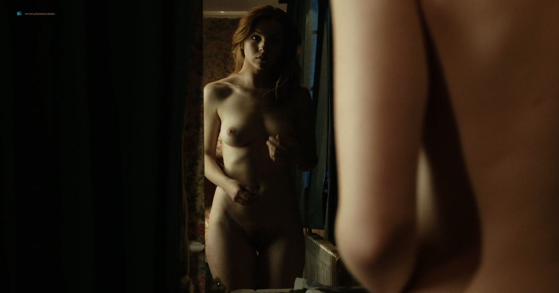 Aisling Knight nude full frontal and some sex - The Sitter (2017) HD 1080p (11)