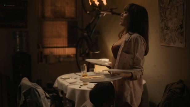 Ella Purnell hot butt Caitlin Fitzgerald sexy bra - Sweetbitter (2018) s1e3 HD 1080p (4)