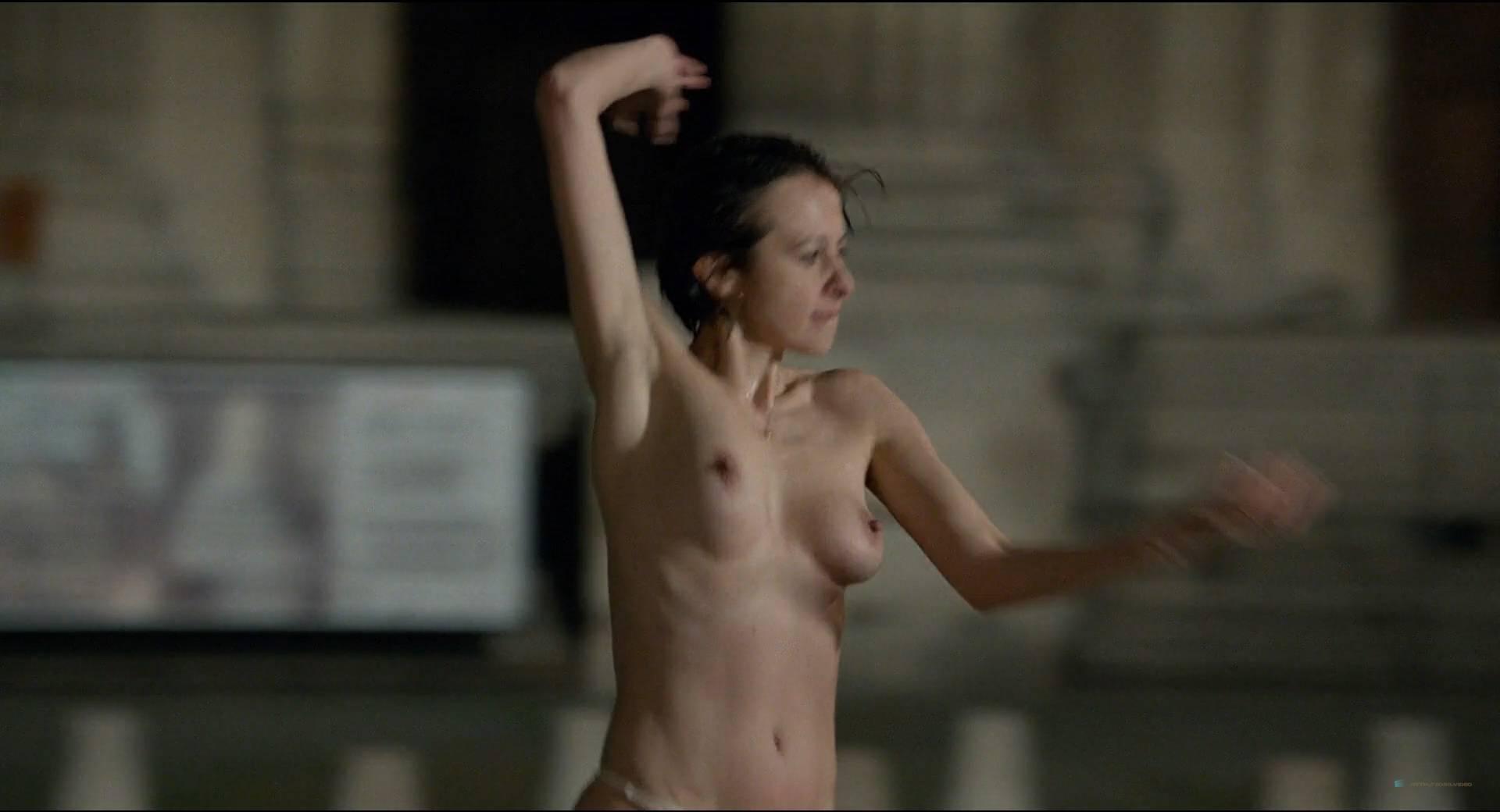 Valérie Leroy  nackt