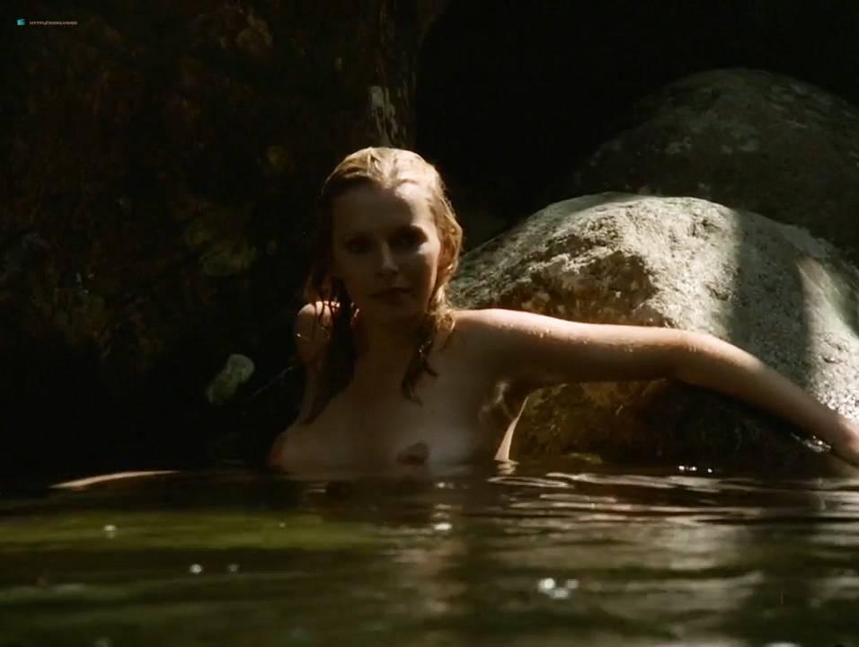 Lilian Lemmertz nude sex and Kate Hansen nude sex threesome - As Deusas (BR-1972) 720p (5)