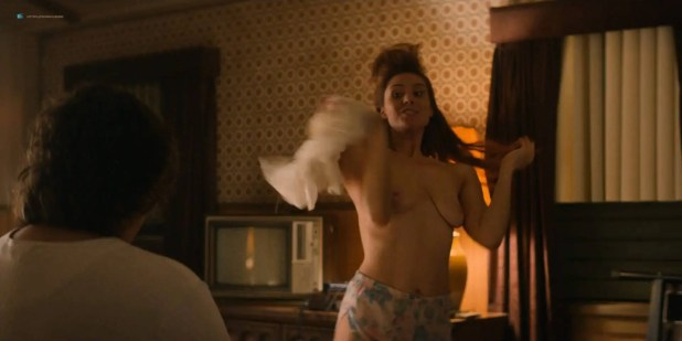 Kate Nash nude topless Sydelle Noel nude sex - Glow (2018) s1e4 HD 1080p (4)