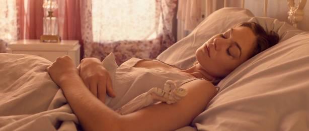 Analeigh Tipton hot see through - Broken Star (2018) HD 1080p Web (5)