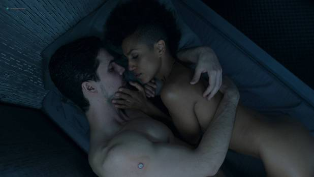 Dominique Tipper nude butt in brief scene - The Expanse (2018) s3e6 HD1080p WEB (3)