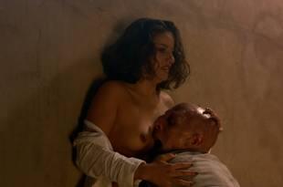 Elsa Pataky nude topless and Raquel Gribler nude too- Beyond Re-Animator (2003) HD 1080p BluRay