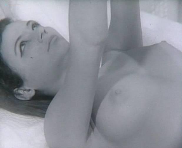 Hara Angelousi nude bush and sex - To prosopo tis Medousas (GR-1967) (4)