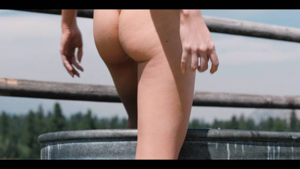 Kelly Reilly nude butt and boobs- Yellowstone (2018) s1e3 HD 1080p Web (13)