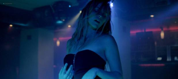 Teresa Palmer hot and sex Phoebe Tonkin sexy and Johanna Stickland topless - The Ever After (2014) HD 1080p Web (18)