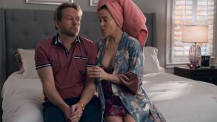 Debby Ryan sexy and some sex Alyssa Milano and Arden Myrin hot - Insatiable (2018) s1e-7-12 HD 1080p (10)