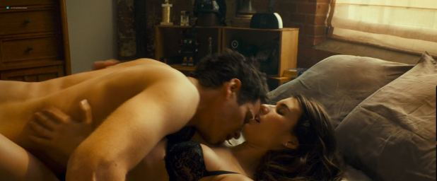 Emma Roberts hot and sexy and some sex - Little Italy (2018) HD 1080p Web (2)