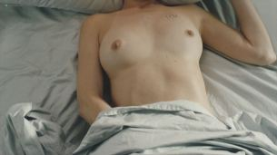 Judy Greer nude topless and some sex - Kidding (2018) s1e2 HD 1080p (3)