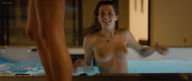 Sarah Bonrepaux nude topless in the pool and Alice David hot bikini - Monsieur Je-Sais-Tout (FR-2018) HD 1080p Web (5)