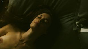 Anni Krueger nude topless and sex - The Romanoffs (2018) s1e4 HD 1080p