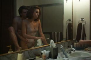 Aubrey Plaza hot and sexy – An Evening with Beverly Luff Linn (2018) HD 1080p