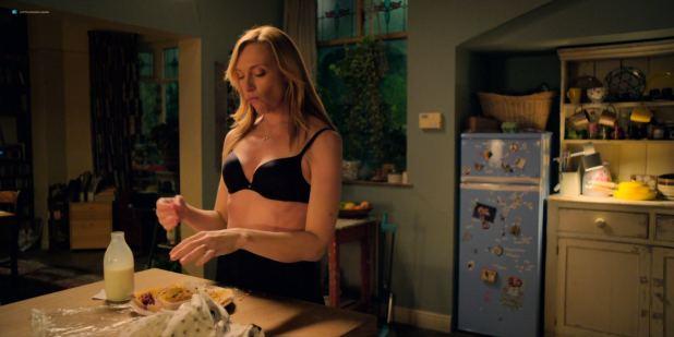 Toni Collette nude brief topless - Wanderlust (2018) s1e6 HDTV 1080p (7)