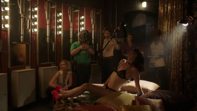 Valéry Lessard nude and sex Sydney Farley hot masturbating - The Deuce (2018) s2e6 HD 1080p WEB (9)