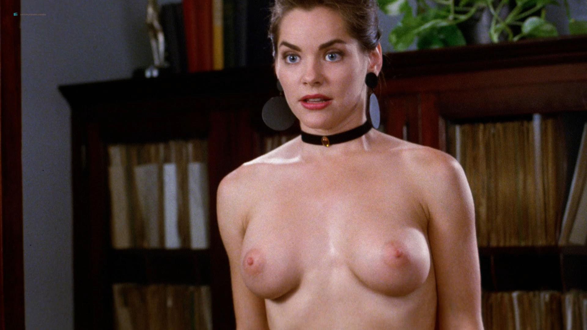 Harriet nackt Harper Dillion Harper