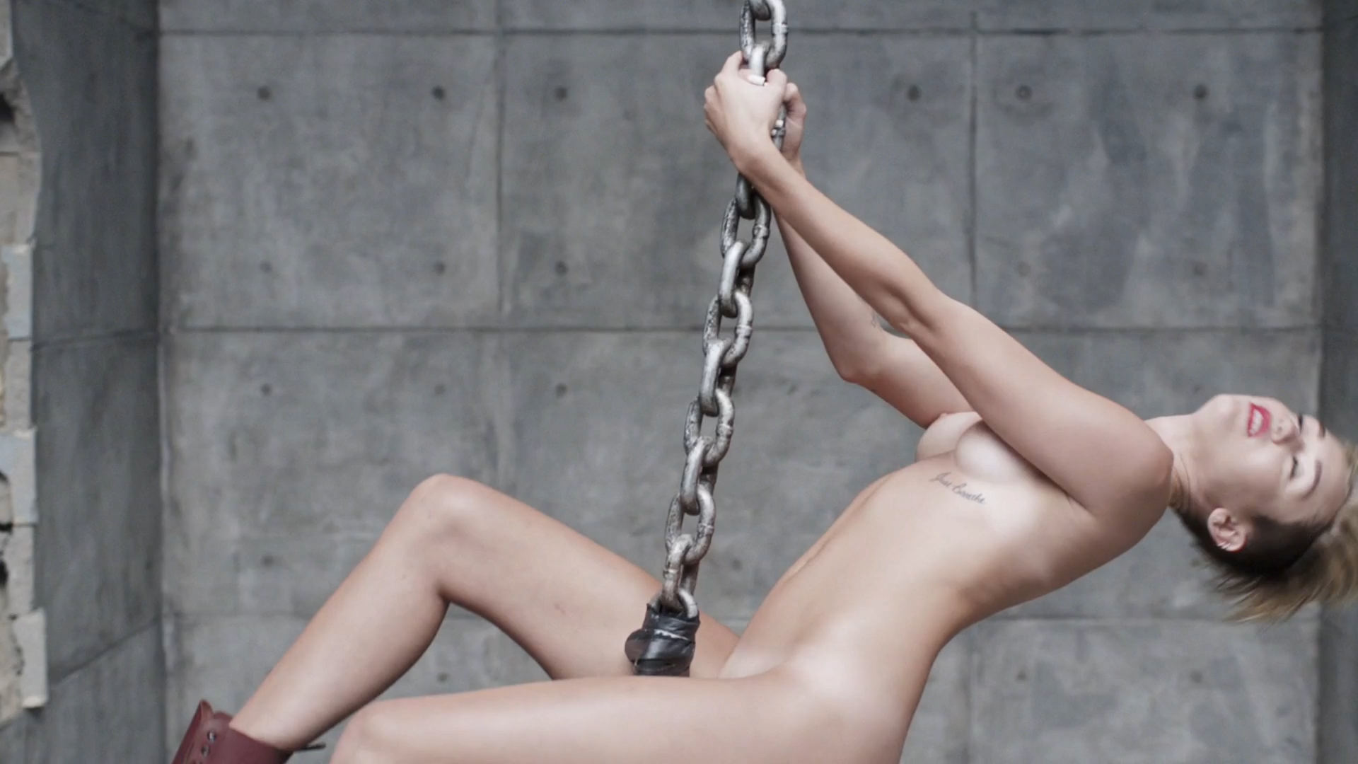 Miley cyrus hd nude-4452