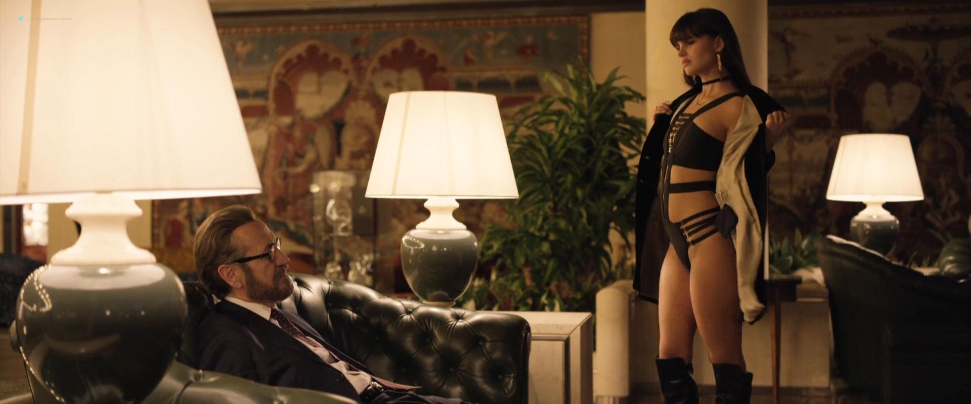 Simonetta Columbu nude topless Sara Deghdak and others hot - Io sono Tempesta (IT-2018) HD 1080p (9)