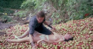 Tracy Hyde nude topless - The Orchard End Murder (UK-1981) HD 1080p (5)