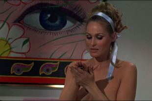 Ursula Andress hot Daliah Lavi and others sexy – Casino Royale (1967) HD 1080p BluRay