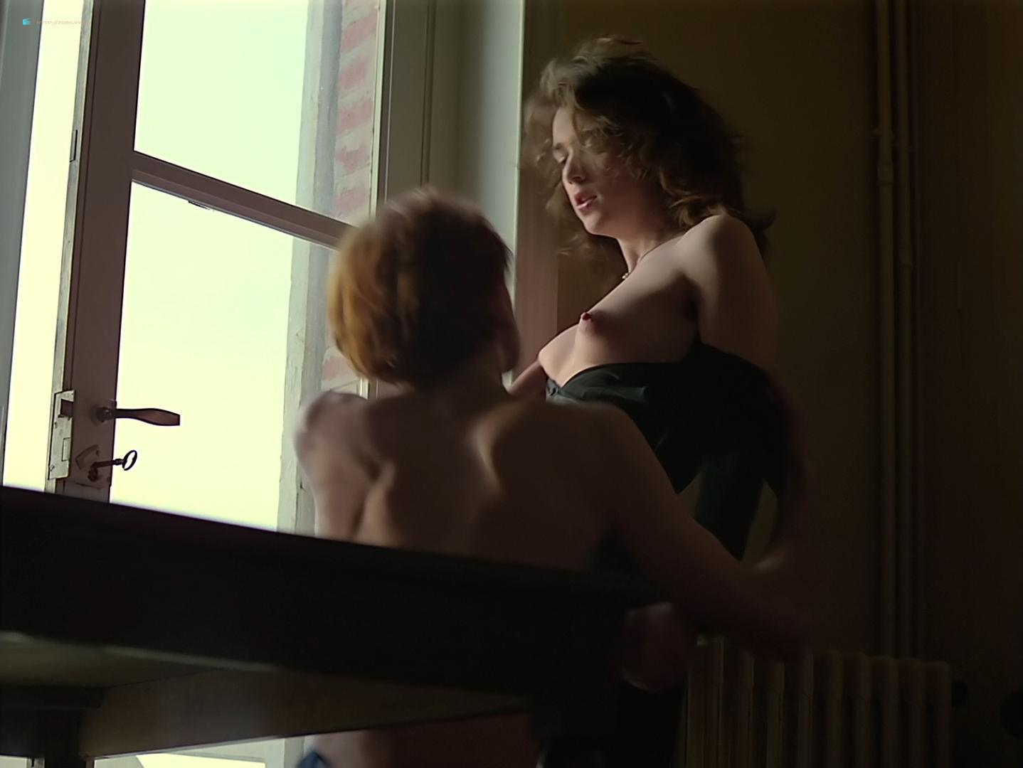 Maruschka Detmers nude full frontal - Prénom Carmen (1983) HD 1080p BluRay (18)