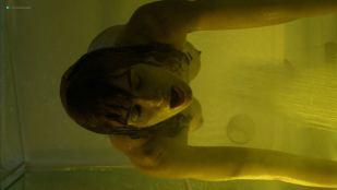 Paz Vega nude brief topless in the shower - Fugitiva (2018) s1e2 HD 1080p