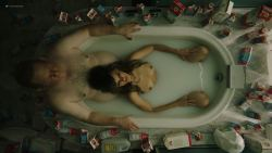 Frankie Shaw nude topless in the tub - Smilf (2019) s2e2 HD 1080p (3)