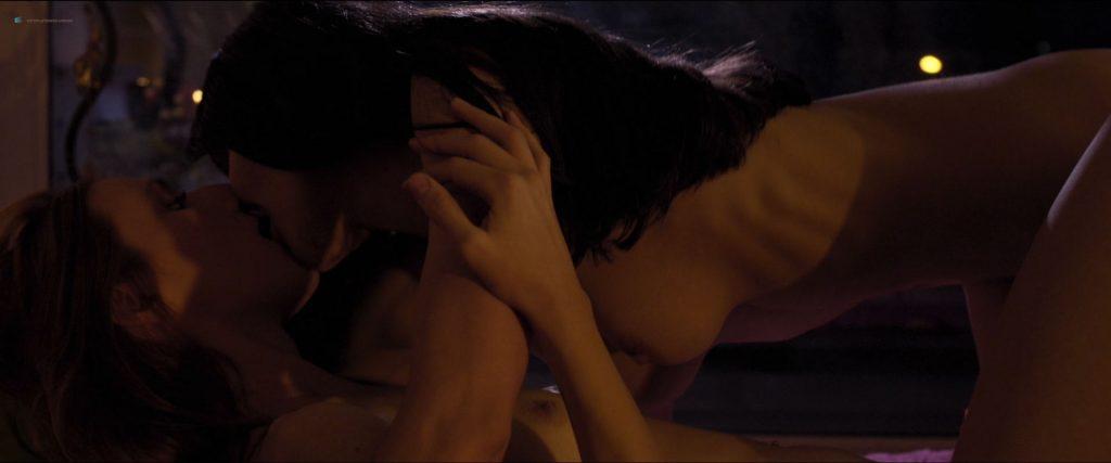 Macarena Carrere nude full frontal Ximena del Solar and Dominga Bofill all nude - Trauma (ES-2018) HD 1080p (11)