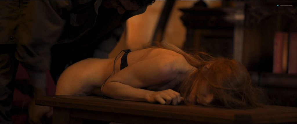 Macarena Carrere nude full frontal Ximena del Solar and Dominga Bofill all nude - Trauma (ES-2018) HD 1080p (3)