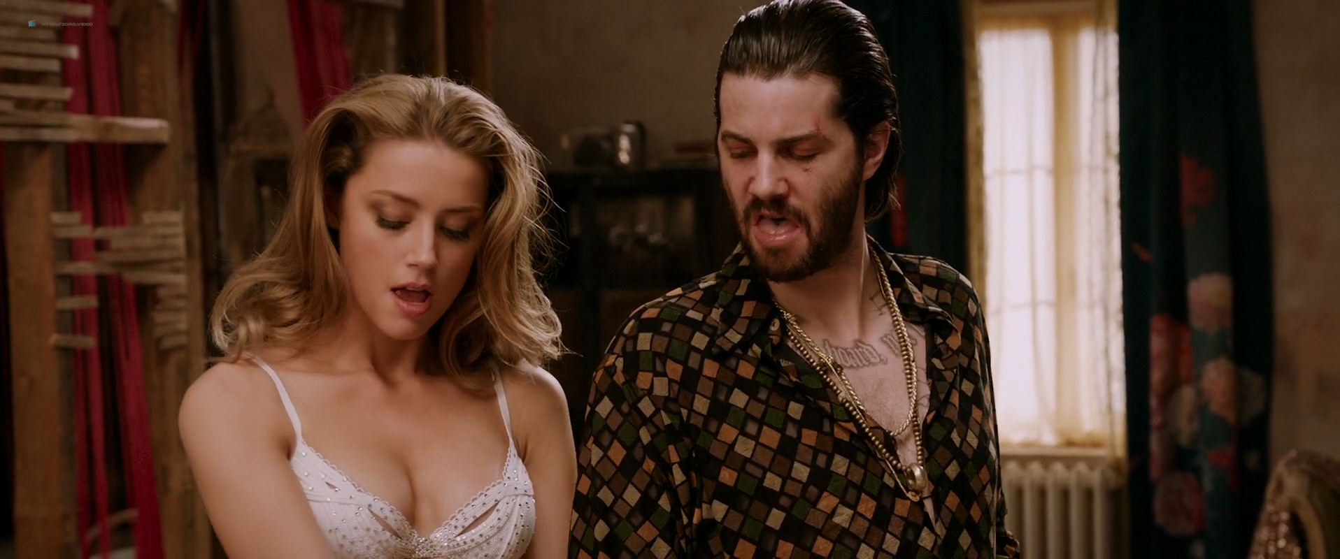 Amber Heard nude butt and very hot - London Fields (2018) HD 1080p Web (11)