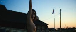 Jeon Jong-seo nude topless and sex - Burning (KR-2018) HD 1080p BluRay (3)