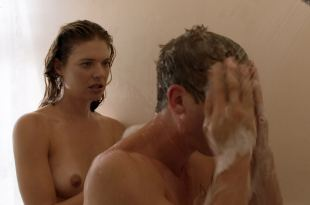 Kate Miner nude topless in the shower – Shameless (2019) s9e10 HD 1080p