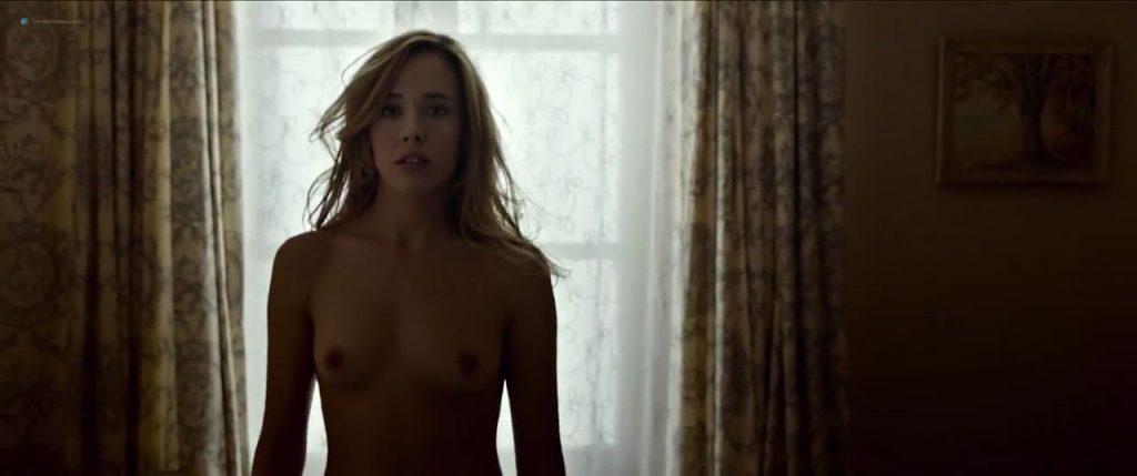 Úrsula Corberó nude sex Lucía Delgado nude bush and sex - El árbol de la sangre (ES-2018) HD 720p Web (15)