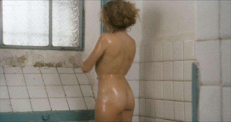 Eleonora Giorgi nude full frontal and sex - Alla mia cara mamma nel giorno del suo compleanno (IT-1974) (17)