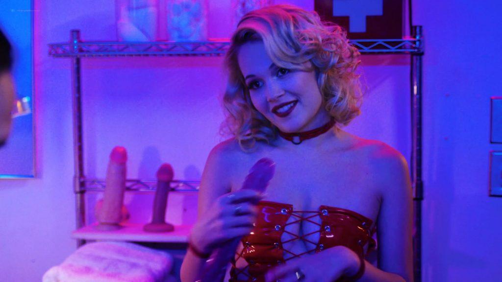 Kelli Berglund nude Roxane Mesquida nude sex threesome - Now Apocalypse (2019) s1e8 HD 1080p (11)