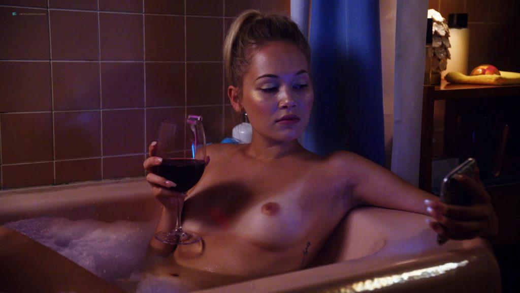 Sexy Blonde Nicole Clitman Deepthroats And Swallows