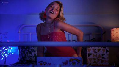 Kelli Berglund nude topless Roxane Mesquida nude sex - Now Apocalypse (2019) s1e1 HD 1080p (6)