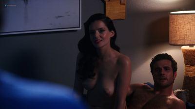 Roxane Mesquida nude topless and sex - Now Apocalypse (2019) UHD 2160p (6)