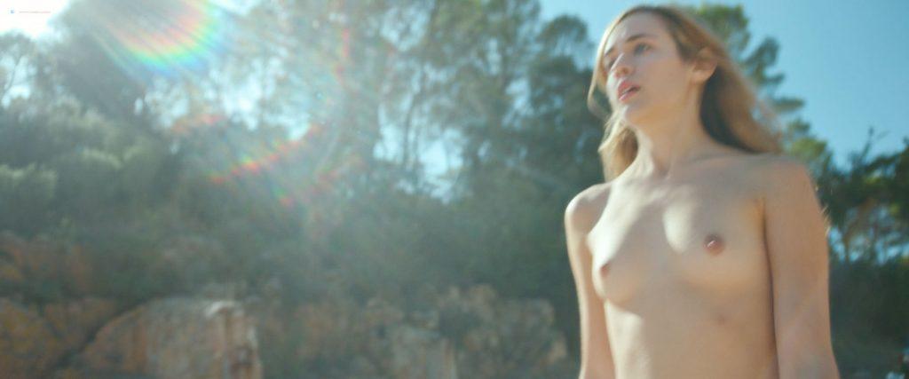 Úrsula Corberó nude sex Lucía Delgado nude bush and sex - El árbol de la sangre (ES-2018) HD 1080p BluRay (18)