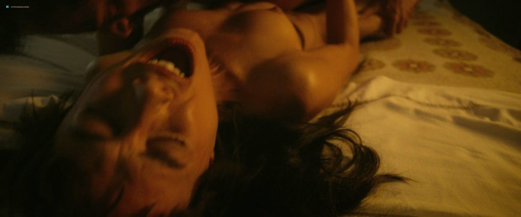 Úrsula Corberó nude sex Lucía Delgado nude bush and sex - El árbol de la sangre (ES-2018) HD 1080p BluRay (11)