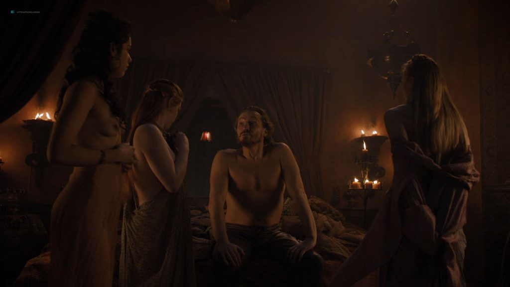Josephine Gillan nude full frontal Lucy Aarden nude - Game of Thrones(2019) s8e1 HD 720/1080p (13)