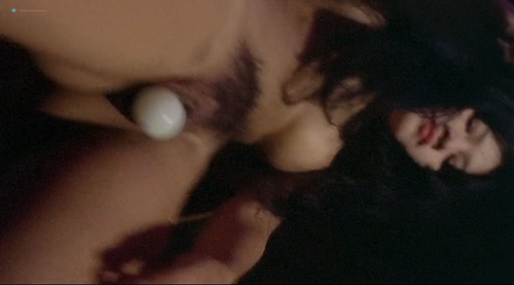 Laura Gemser nude full frontal and lot of sex Ely Galleani and others nude - Emanuelle in Bangkok (1976) (10)