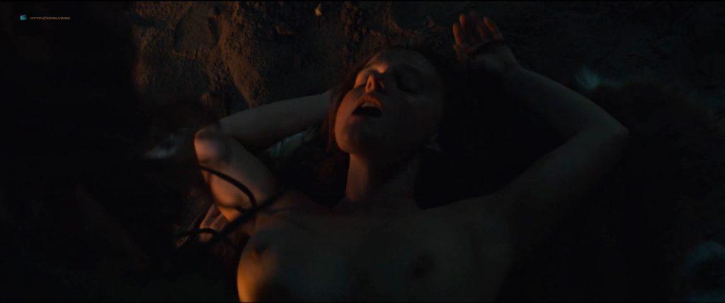 Niamh Carolan nude topless and sex - American Gods (2019) s2e7 HD 1080p (4)