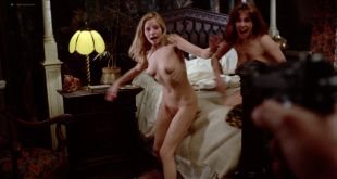 Marianne Morris nude bush and sex Sally Faulkner and Anulka Dziubinska nude sex too - Vampyres (1974) HD 1080p BluRay (15)