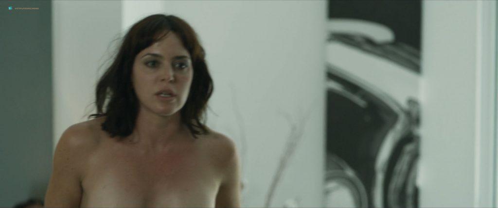 Verónica Sánchez nude bush Marta Milans and Irene Arcos nude too - El embarcadero (ES-2019) s1e1-3 HD 1080p (4)