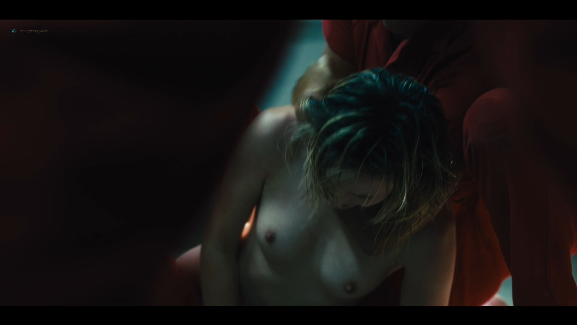 Gaite Jansen nude topless and butt - Jett (2019) s1e3 HD 1080p (7)