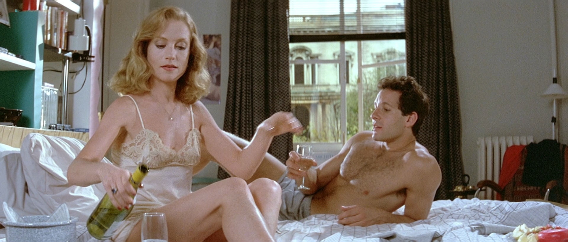 Isabelle Huppert nude topless and butt Elizabeth McGovern nude - The Bedroom Window (1987) HD 1080p BluRay (7)