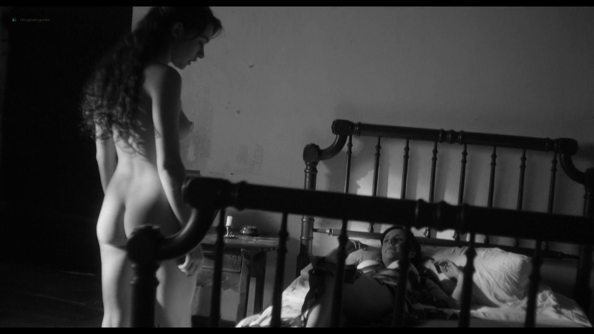 Natalia de Molina nude full frontal Greta Fernández nude lesbian - Elisa y Marcela (SP-2019) HD 1080p Web (13)