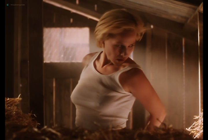 Patricia Arquette hot pokies - Tales from the Crypt (1990) s2e9 (10)