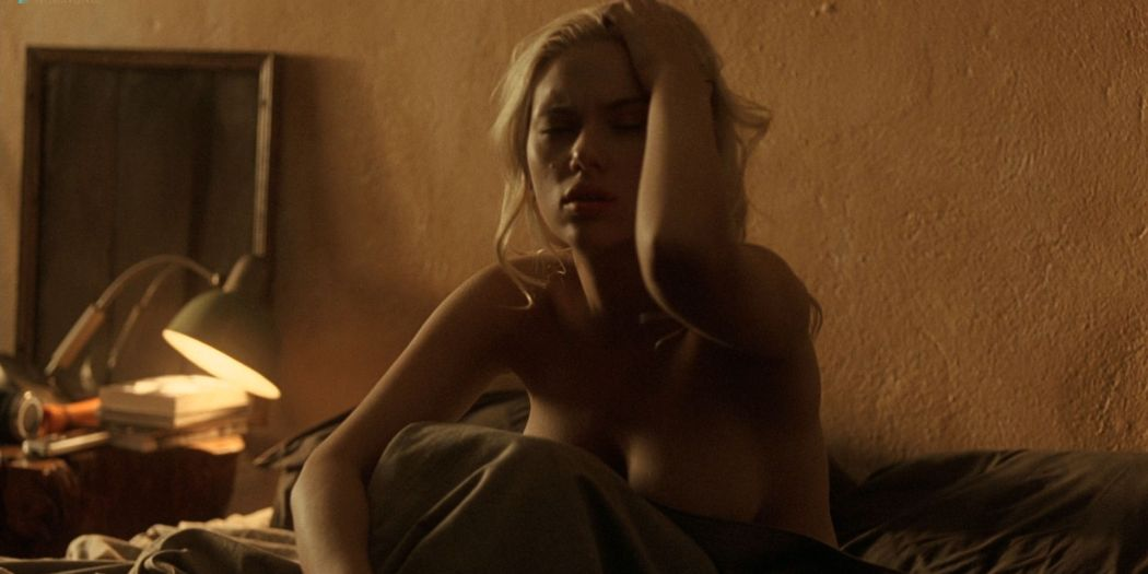 Scarlett Johansson hot Penélope Cruz and Rebecca Hall hot and sexy - Vicky Cristina Barcelona (2008) HD 1080p BluRay (14)